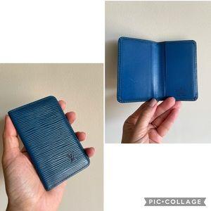 Authentic Louis Vuitton cards holder